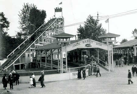 The Jack Rabbit coaster in 1920.